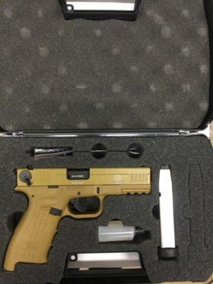 Пистолет ISSC M22 к. 10ТК, песочный